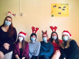 Felicitación de Navidad del Equipo de Piso de adolescentes